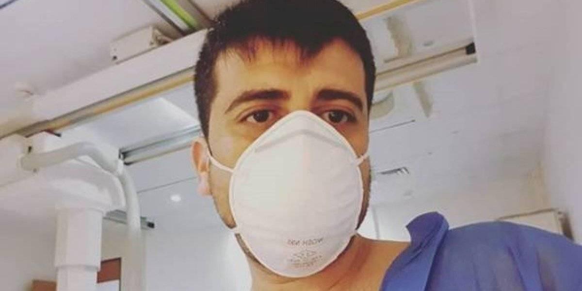 """Periodista de 24 Horas Anwar Farrán dio positivo por coronavirus: """"Casi no tuve síntomas, hasta ayer que me dolía la garganta y tuve un poco de tos"""""""