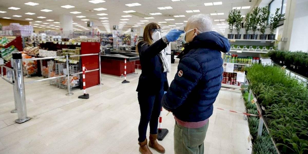 Hombre de 101 años lograr superar al coronavirus y sale de alta del hospital en Italia