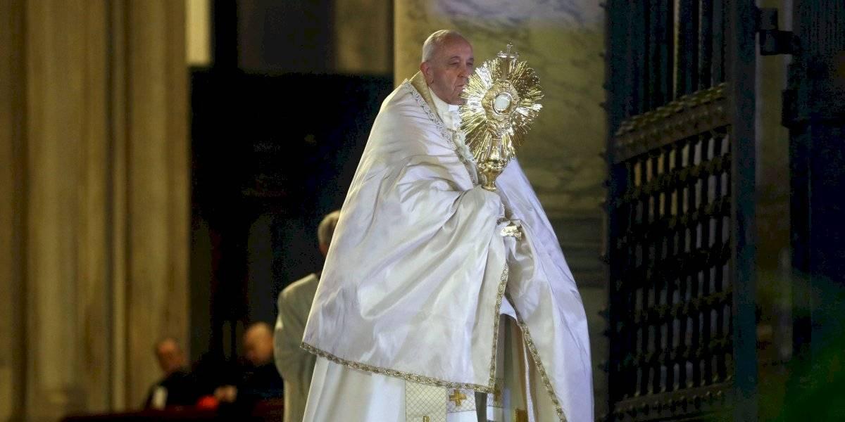 Papa Francisco da la bendición Urbi et Orbi en soledad por el coronavirus