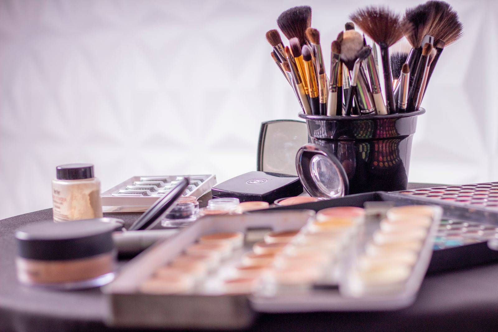 Organizar cosméticos en cuarentena