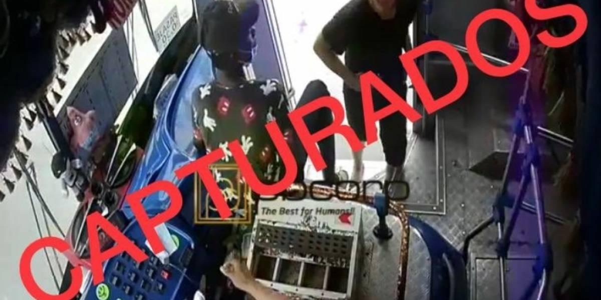 Capturan a asaltantes que atacaron a conductor de bus en Guayaquil