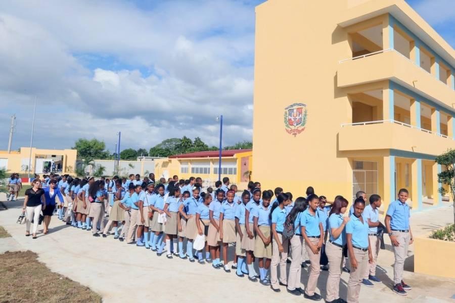 Unión Europea; un socio comprometido con la educación en República  Dominicana | Metro Republica Dominicana