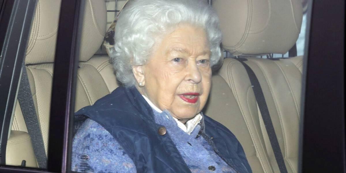 Ante rumores, Buckingham revela que la reina Isabel II está bien de salud