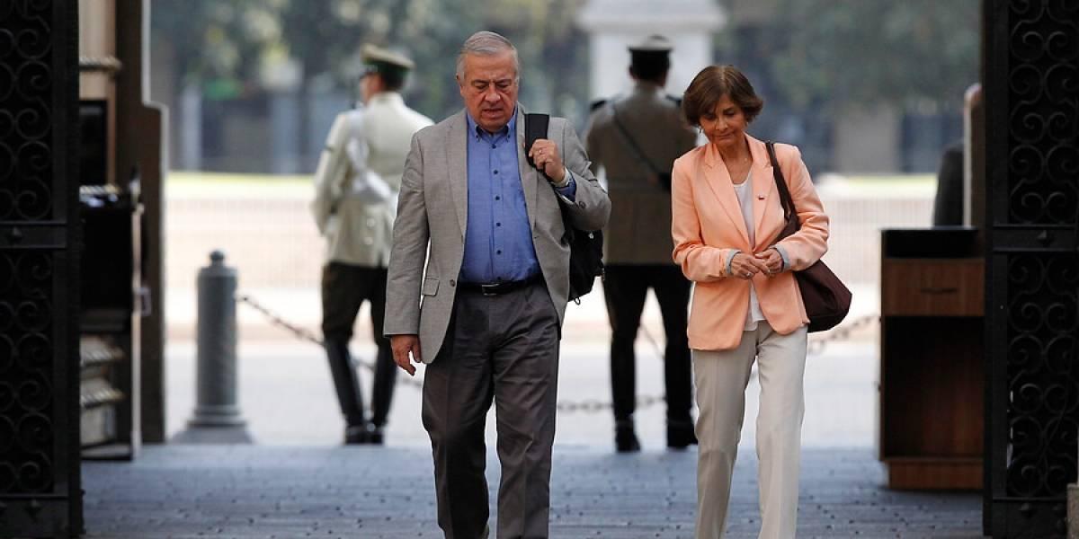 """""""La alcaldesa miente"""": Mañalich respondió a Cathy Barriga y descartó segundo muerto por coronavirus en Maipú"""