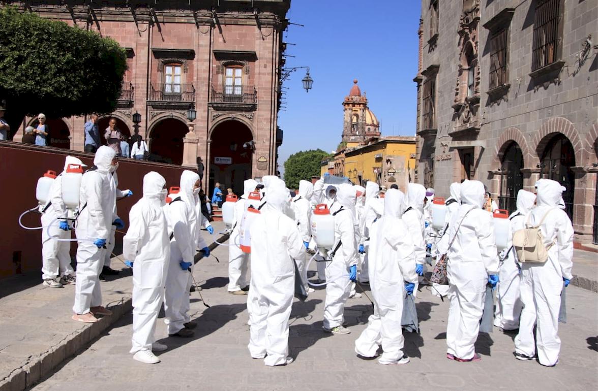 Por coronavirus, sanitizan lugares públicos en San Miguel de ...