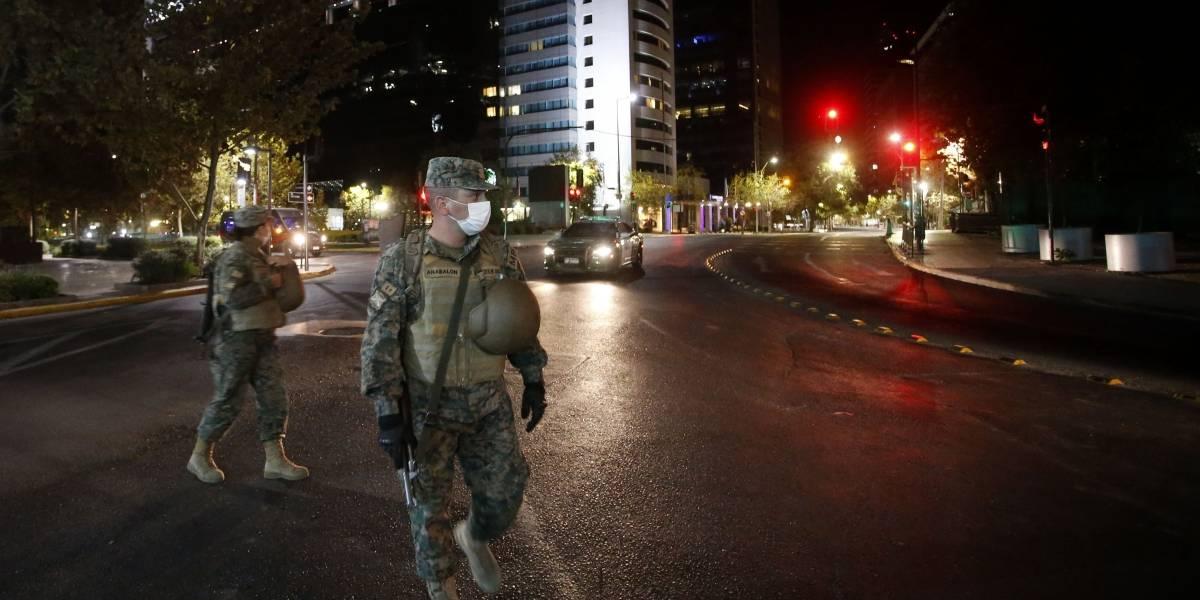 Tras agitada noche del Día del Joven Combatiente: se disparan retenidos por no respetar toque de queda