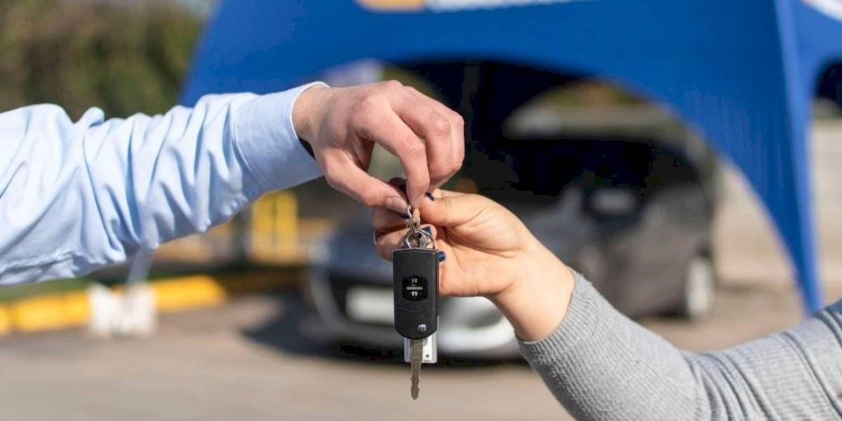 ¿En qué fijarse para comprar un auto usado?