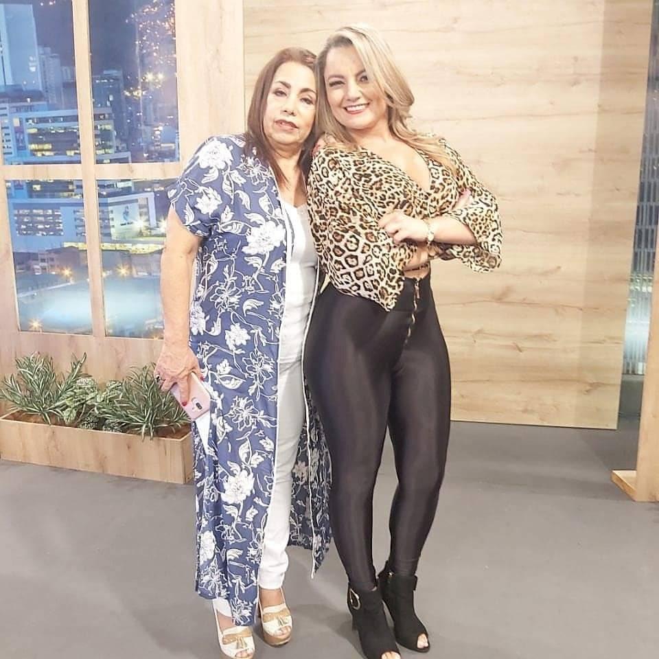 Fabiola y Nelly Calle, Hermanitas Calle