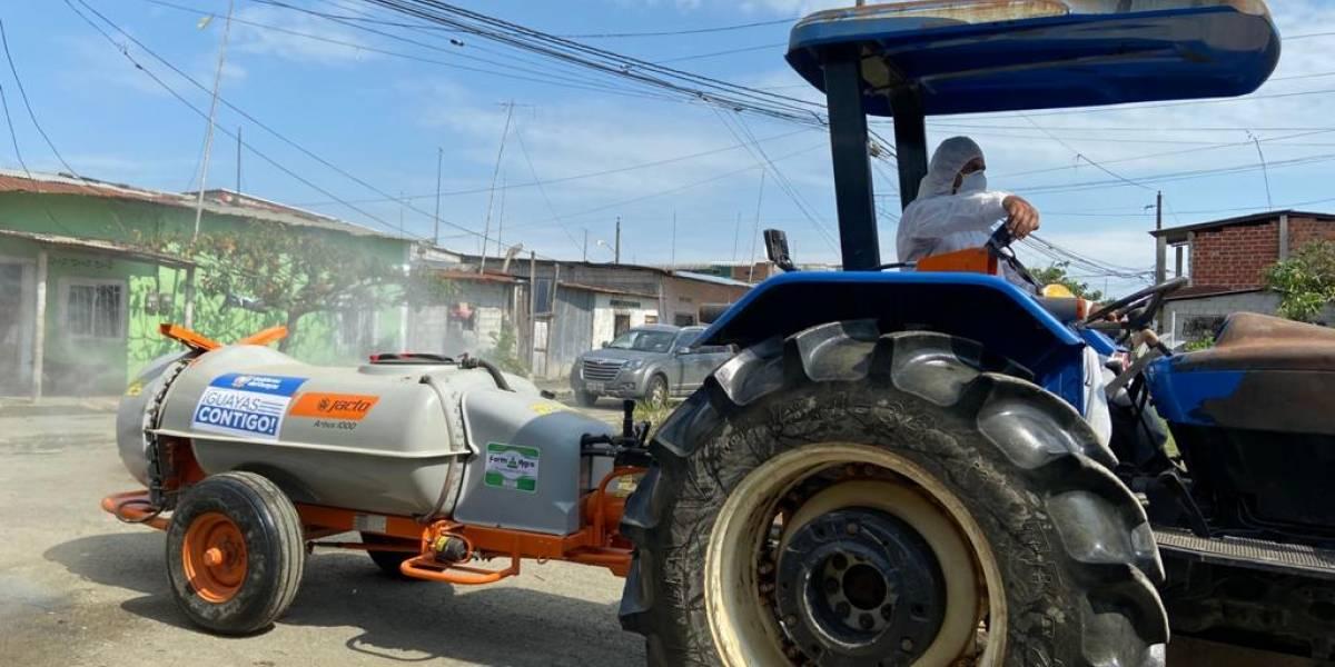 Atomizador inició reforzamiento de lucha del Gobierno del Guayas contra coronavirus