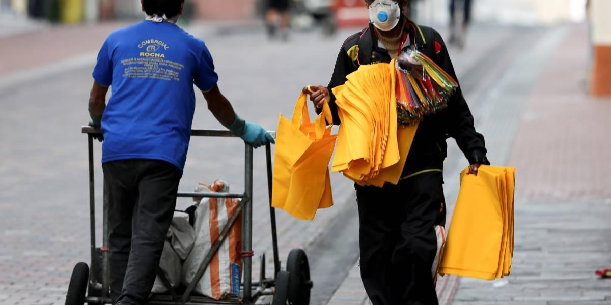 Quito: retiran a 2.000 vendedores por incumplir disposiciones de emergencia