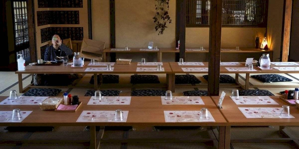 Brote de coronavirus vacía zonas turísticas de Japón en época de cerezos