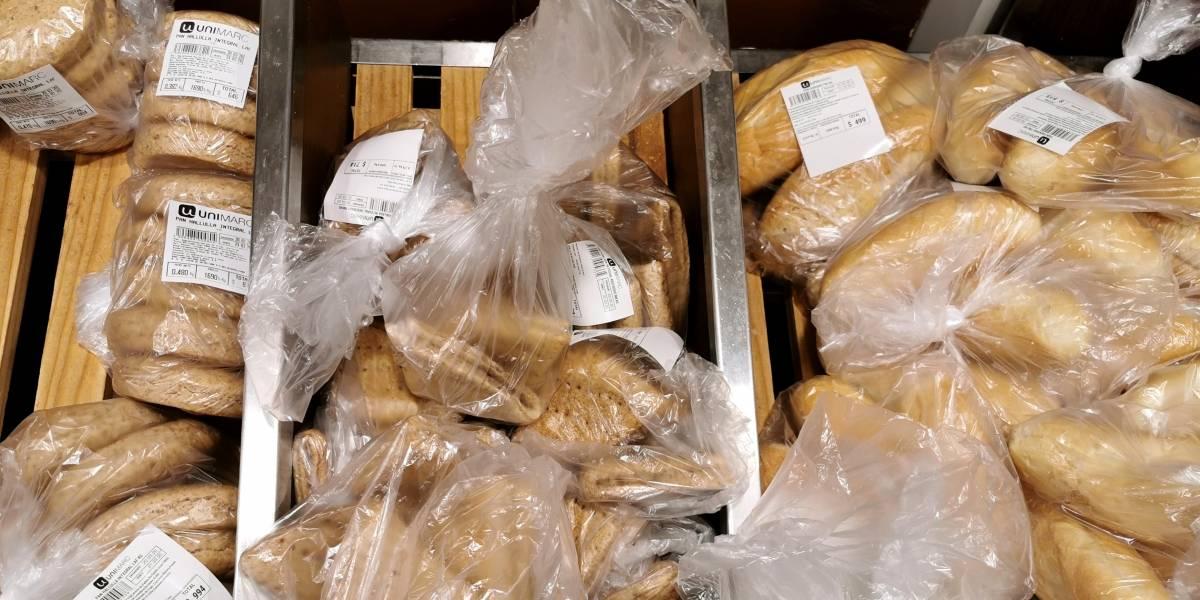 """Ministro se reúne con gremios para sincerar precios del pan: """"Puede tener un aumento de no más de 3%"""""""