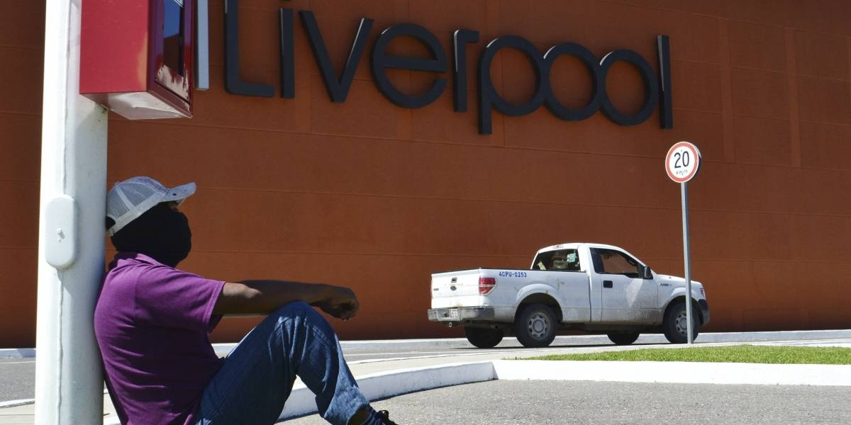 """Liverpool y Suburbia """"bajan la cortina"""" en todas sus tiendas por coronavirus"""