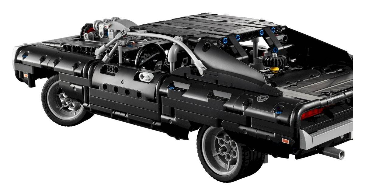 Dom's Dodge Charger LEGO