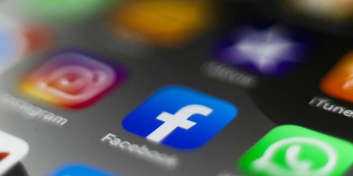 App do Facebook para Android e iOS receberá modo escuro em breve