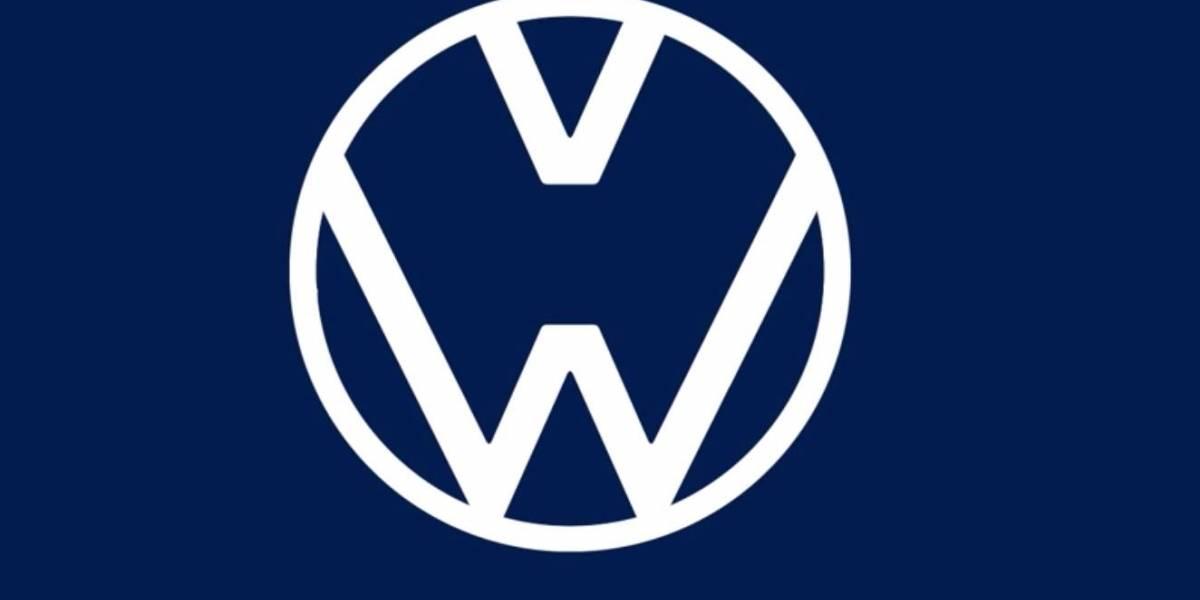 Sana distancia en los logos de los autos