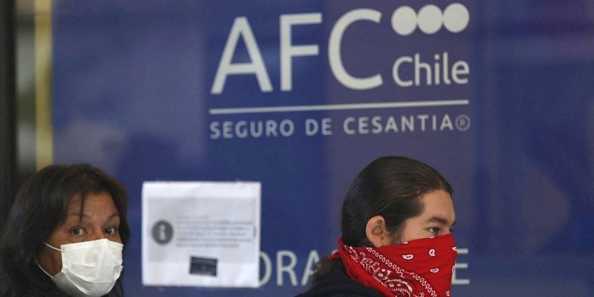En medio de la pandemia: Chile es el tercer país más golpeado en el mundo por pérdida de empleos