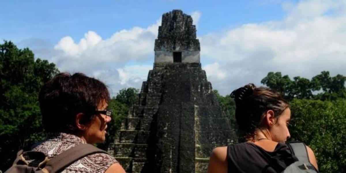 Guatemala prevé retorno de turismo internacional en 2021