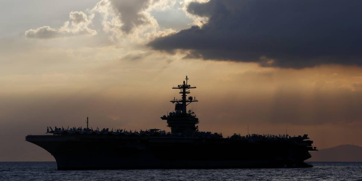 Contraen COVID-19 por 2da vez 8 marineros en portaaviones
