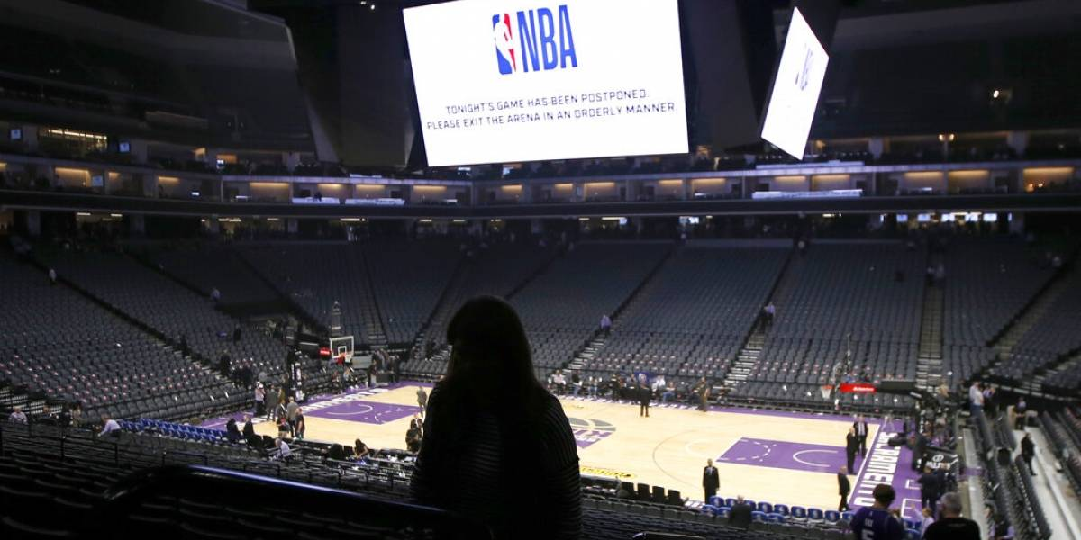 Sacramento Kings de la NBA convierten antigua arena en hospital por COVID-19