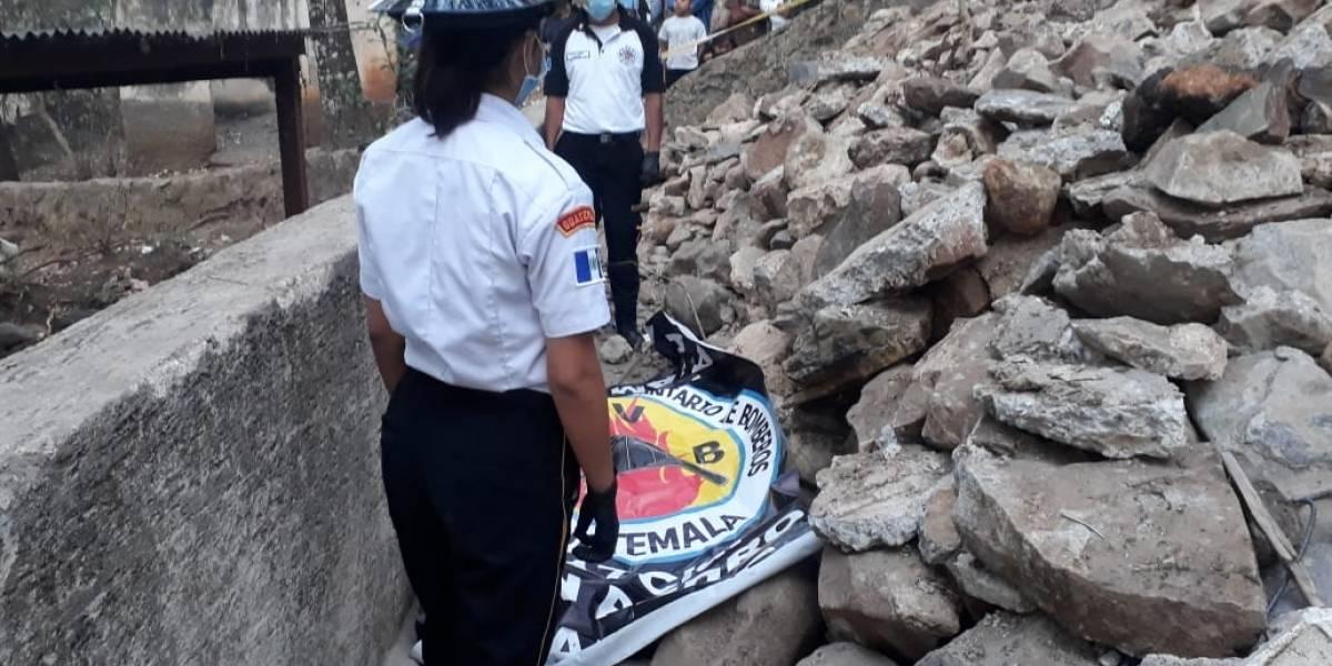 Localizan cadáver en la vía pública en San Pedro Ayampuc