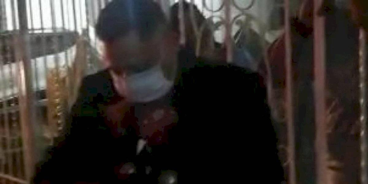 Mariachis fueron sancionados por violar cuarentena para dar una serenata