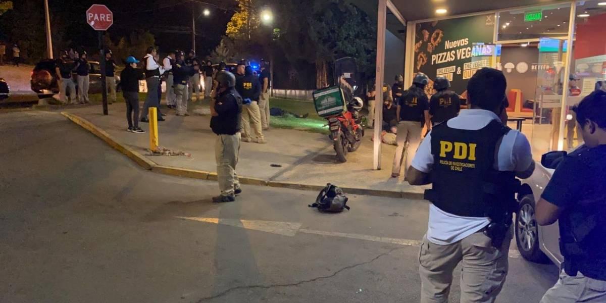 Cámara de seguridad grabó robo frustrado a pizzería de Peñalolén que terminó con delincuente muerto