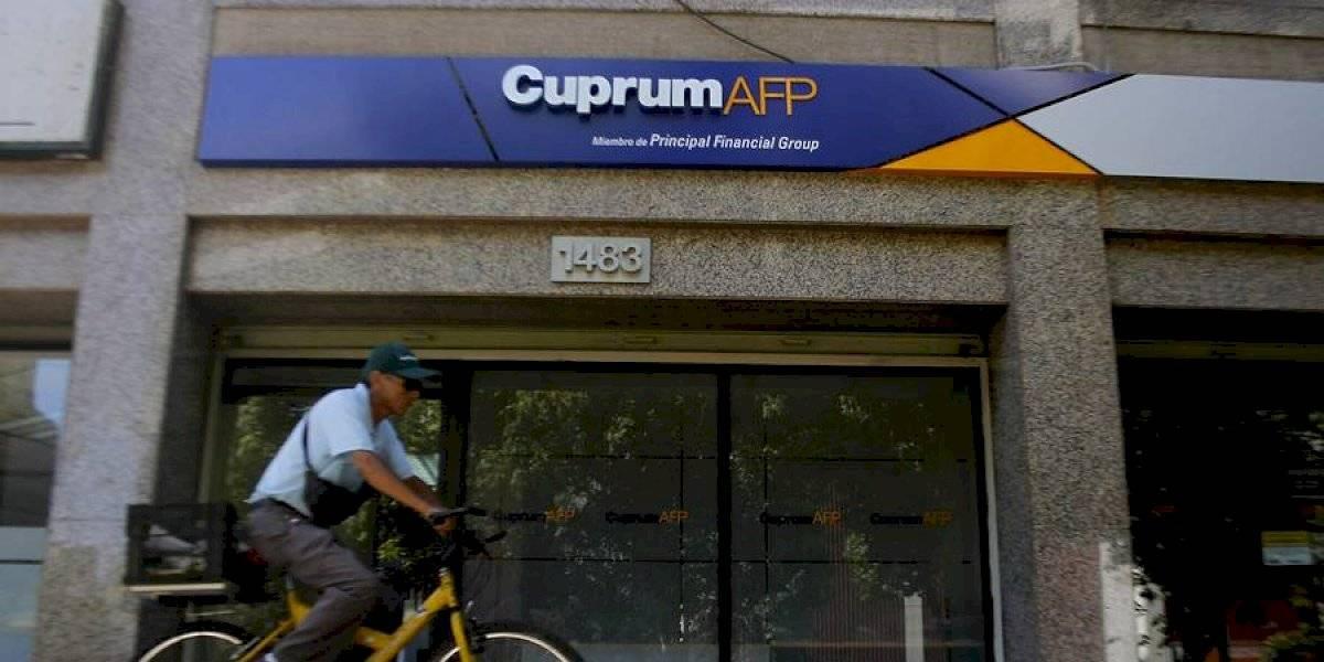 Tiembla AFP: Proyecto de ley busca que afiliados puedan retirar fondos de hasta $4.300.000 en cinco meses