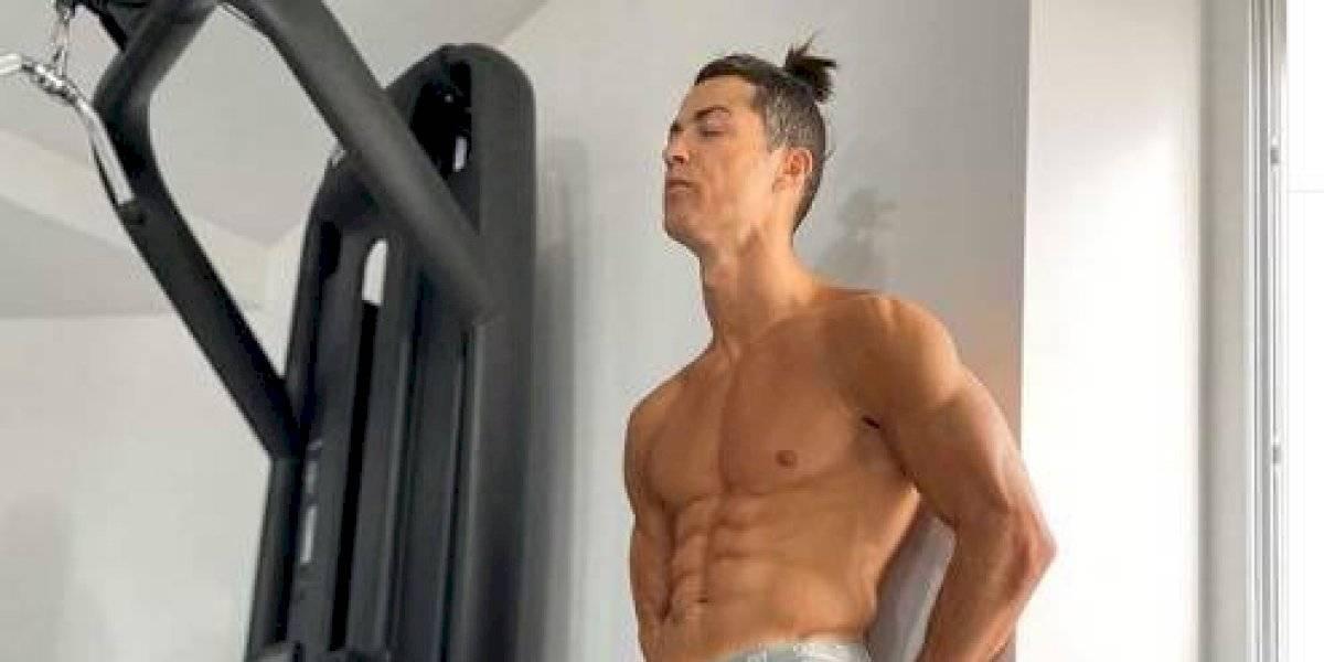 Los dos jugadores que le ganaron a Cristiano Ronaldo en el reto de hacer abdominales