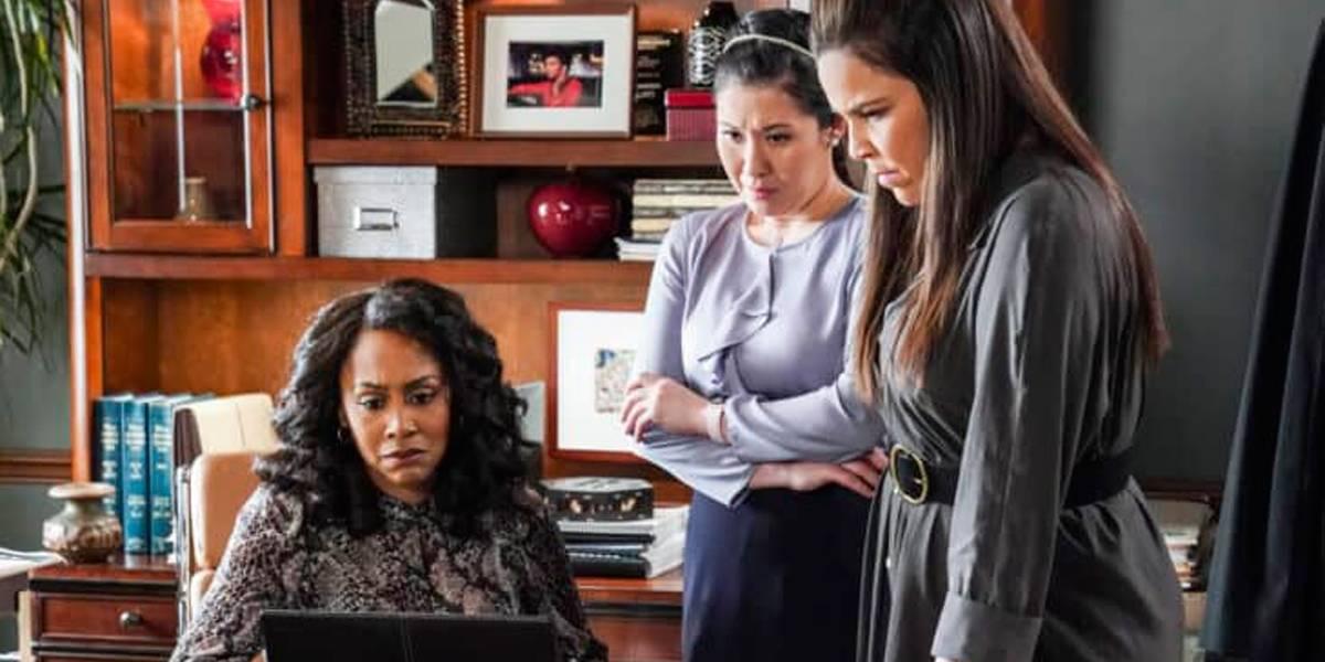 Episódio especial de série é feito com Zoom, FaceTime e elenco em casa