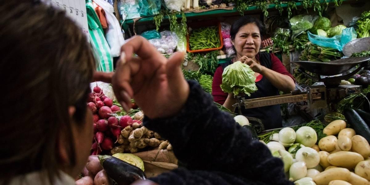Comida, salud y bebidas alcohólicas, lo más caro en primer mes del Covid-19 en México