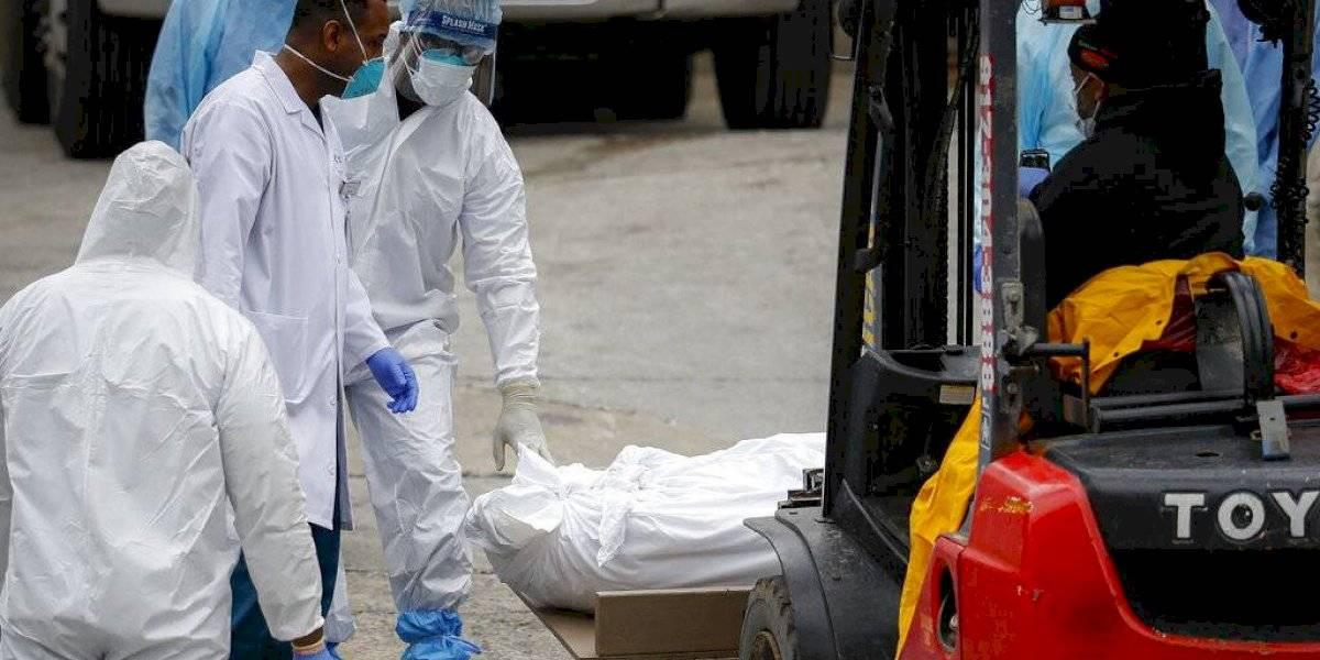Transforman pista de hielo en morgue temporal en Maryland