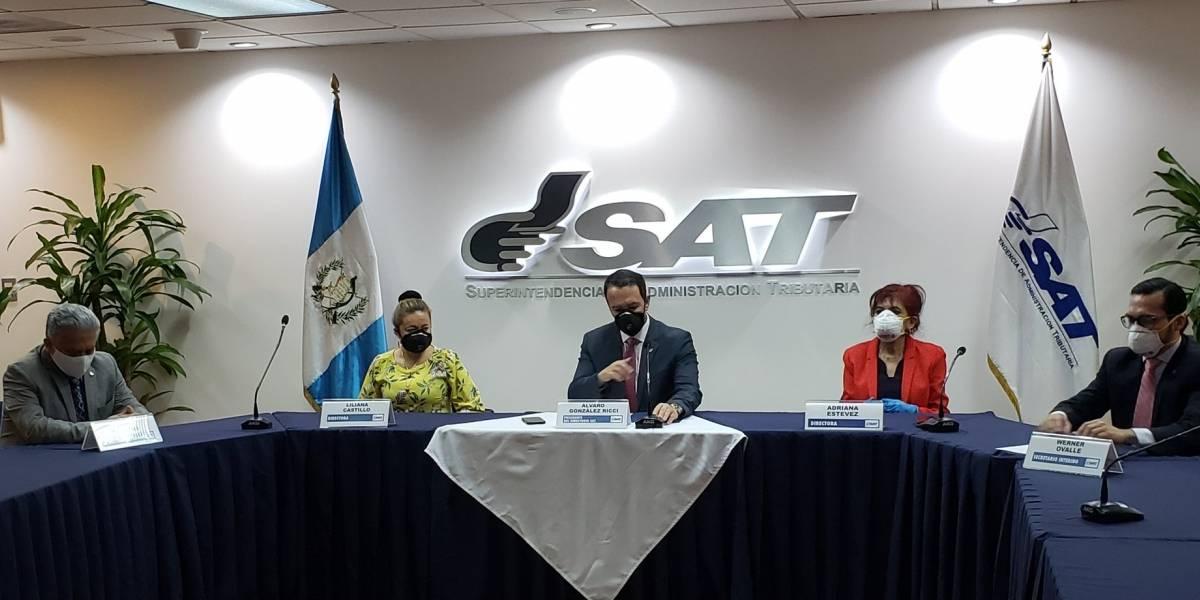 SAT nombra a Marco Díaz Reyes como nuevo superintendente