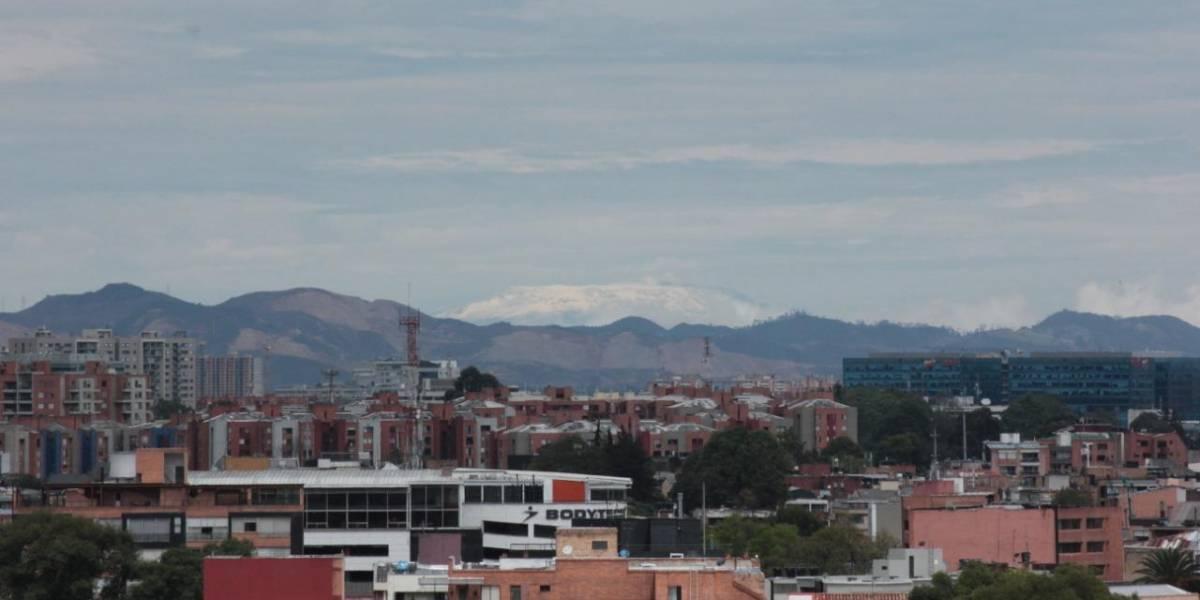 El increíble cambio que tuvo el cielo de Bogotá, gracias a la cuarentena