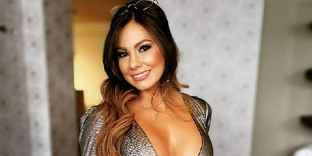 La actriz de cine para adultos, Esperanza Gómez, se desnudó en el balcón de su casa en plena cuarentena