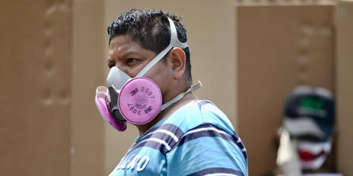 Estas son las mascarillas que no te protegen contra el COVID-19