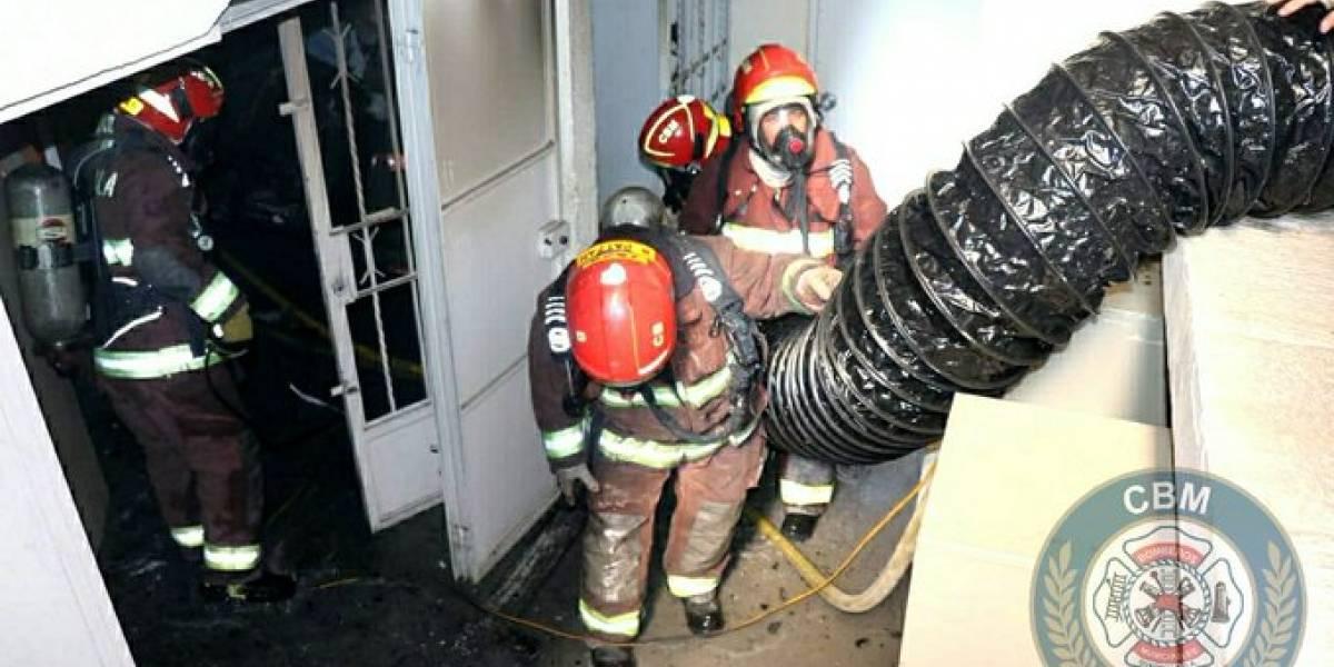 Se reporta incendio en bodega con banderas y materiales de protocolo del Minex