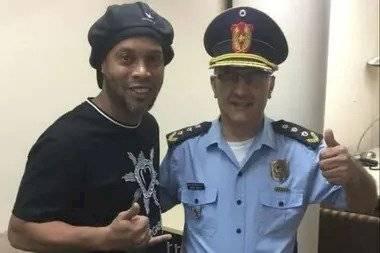 Ronaldinho convivió con narcotraficantes y secuestradores en la cárcel