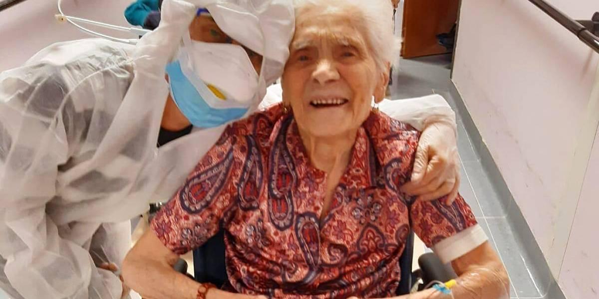 Mujer de casi 104 años relata qué le ayudó a superar el coronavirus