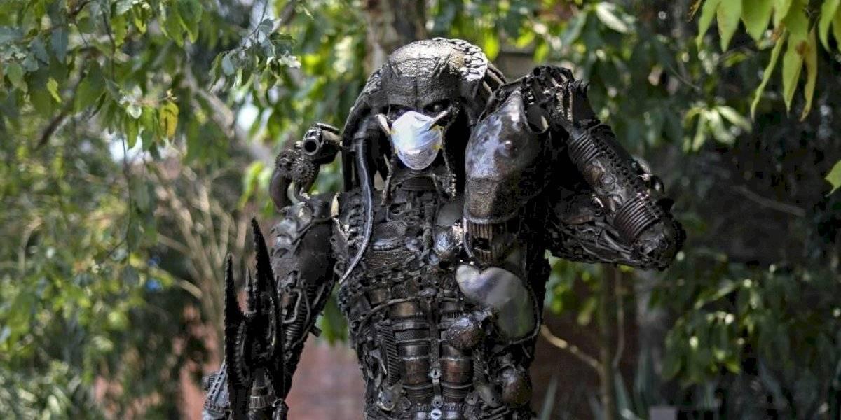 Cuarentena por Coronavirus: colocan mascarillas a estatuas en parque de Zona Portales