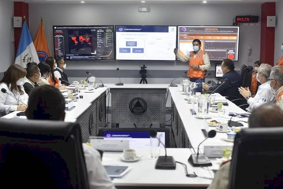 vicepresidente Guillermo Castillo se reúne con entidades por tema del coronavirus