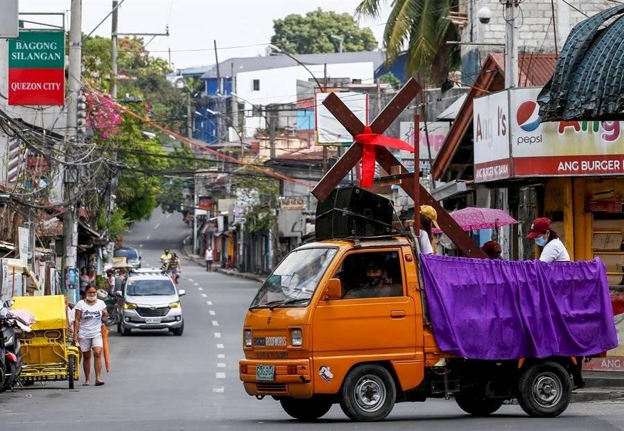 Filipinas celebra el Viernes Santo con procesiones sin devotos por el Covid-19