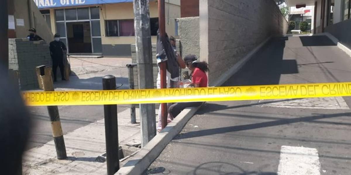 Confirman causa de muerte de bebé fallecida frente a estación policial en Mixco