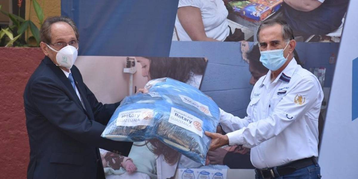 Clubes Rotarios donan insumos para emergencia del coronavirus