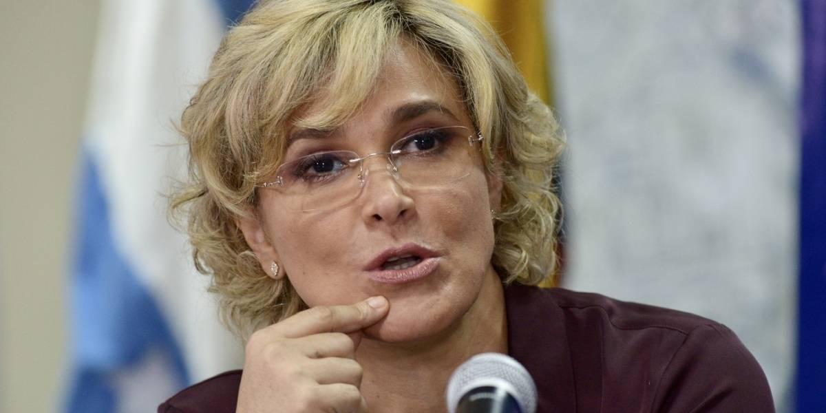 El mensaje de Cynthia Viteri tras empezar con el semáforo amarillo en Guayaquil
