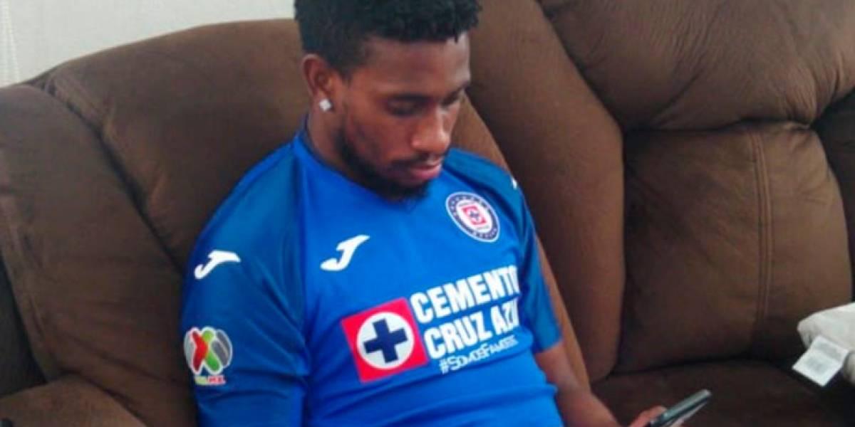Jonathan Borja del Cruz Azul fue objeto de burlas en inauguración del torneo virtual eLiga MX
