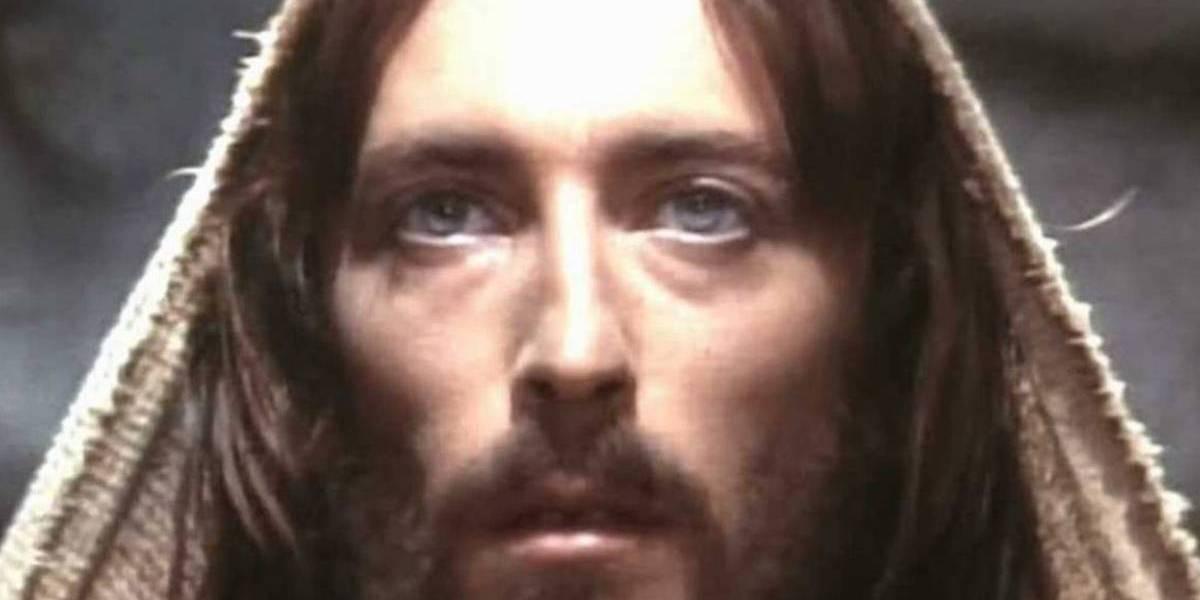 Qué fue del actor Robert Powell, el icónico intérprete de Jesús de Nazaret