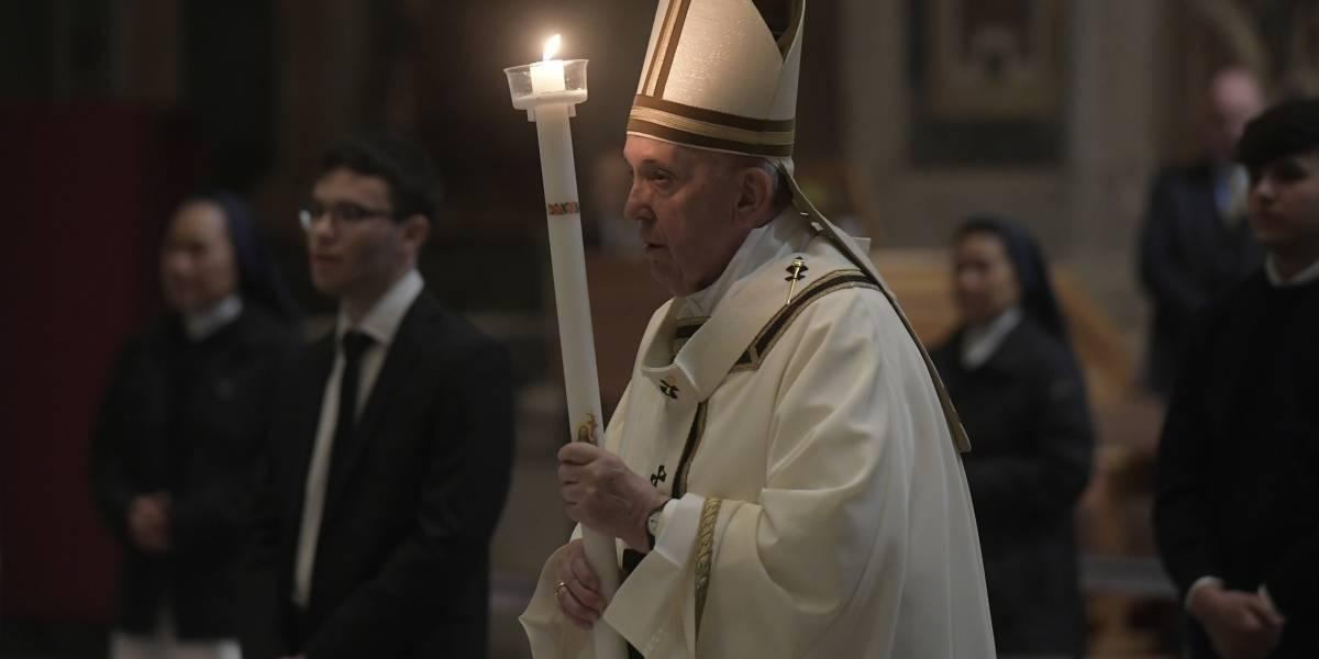 VIDEO. Papa Francisco celebra la Vigilia Pascual y asegura que la muerte no tiene la última palabra