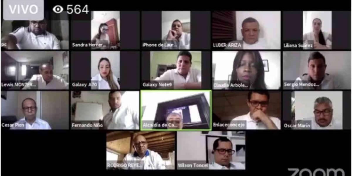 VIDEO| Alcalde de Cartagena se agarró a plena grosería con concejales