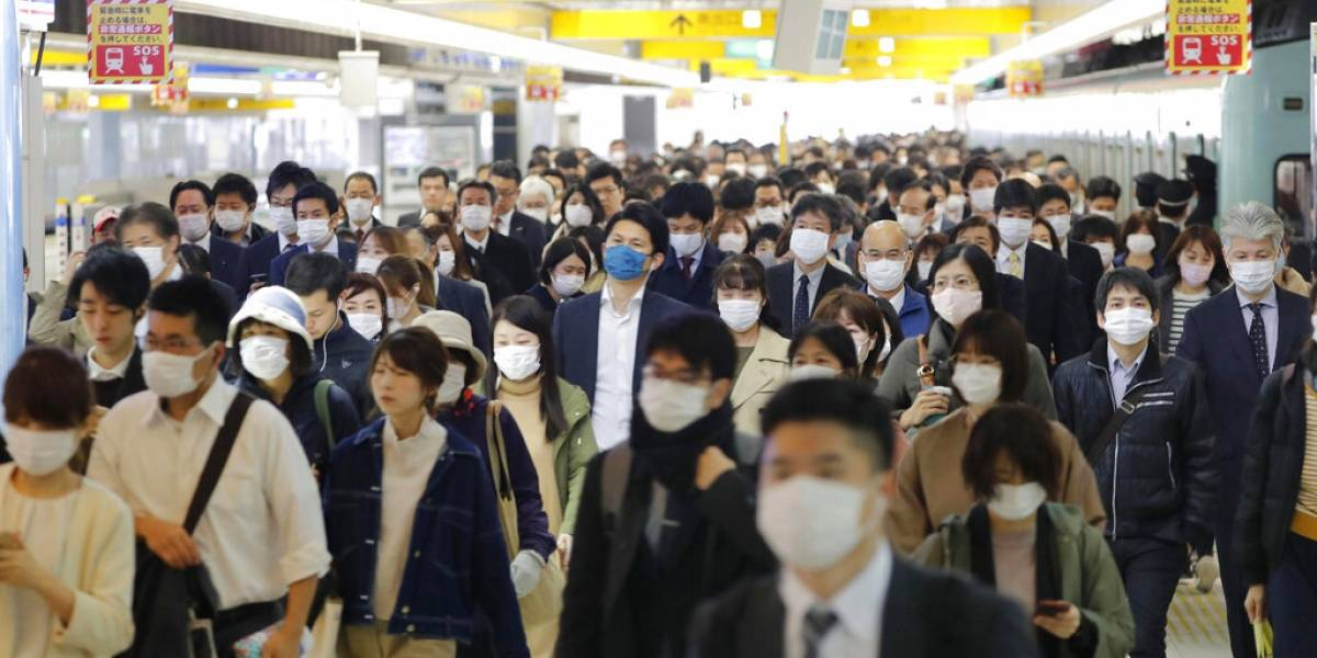 Siguen estallando los rebrotes: Japón registra récord diario de 1.580 casos con repuntes en Tokio, Okinawa y Osaka
